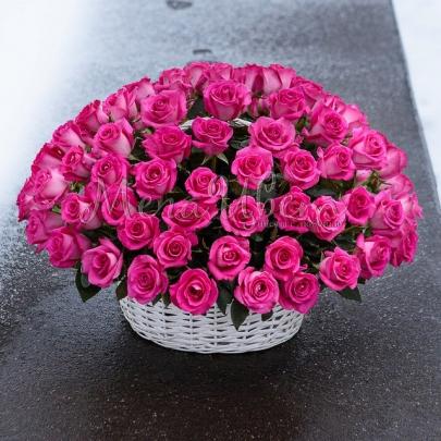 101 Малиновая Роза в корзине фото
