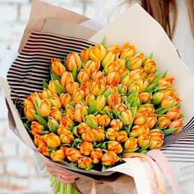101 Оранжевый Пионовидный Тюльпан фото