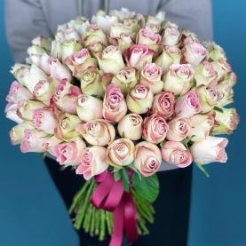 101 Роза Upper Secret (40 см.) фото