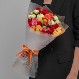 11 Кустовых Роз Микс (50 см.) фото