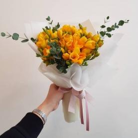 21 Оранжевая Фрезия фото