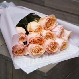 11 Персиковых Роз (60 см.) фото