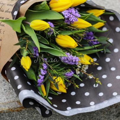 13 Желтых Тюльпанов фото