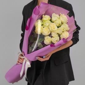 15 Белых Роз (60 см.) фото