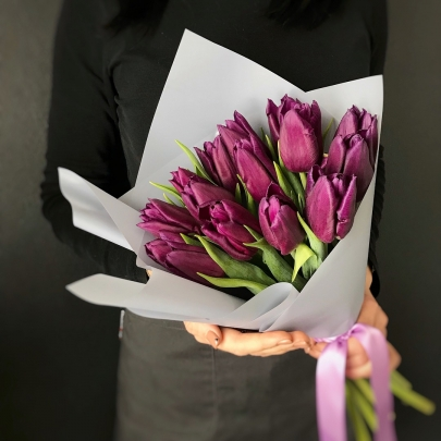 15 Фиолетовых Тюльпанов фото