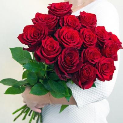 15 Красных Роз Эквадор (70/80 см.) фото