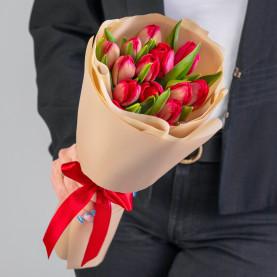 15 Красных Тюльпанов Пионовидных фото