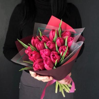 15 Малиновых Пионовидных Тюльпанов фото