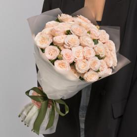 15 Кустовых Пионовидных Кремовых Роз (50 см.) фото