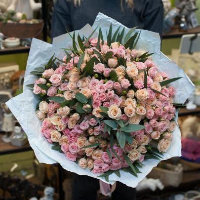 35 Кустовая Бело-Розовая Роза (50 см.) фото