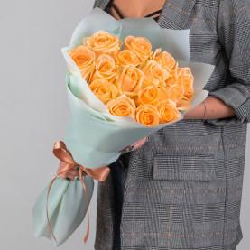 15 Персиковых Роз (50 см.) фото