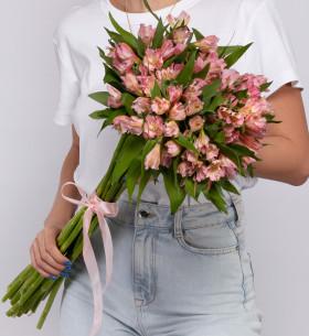 15 Розовых Альстромерий