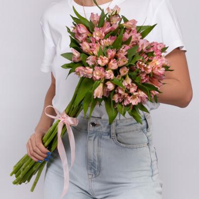 15 Розовых Альстромерий фото