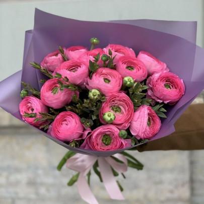 15 Розовых Ранункулюсов фото