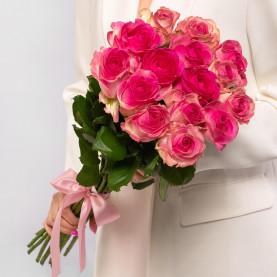 15 Ярко-Розовых Роз (60 см.) фото