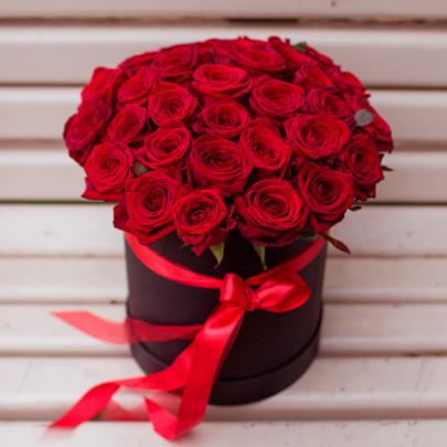 25 Красных Роз в коробке фото