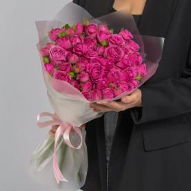 25 Кустовых Пионовидных Малиновых Роз (50 см.) фото