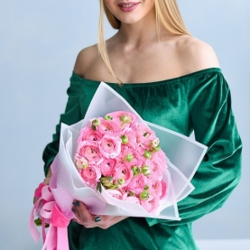 25 Розовых Ранункулюсов фото