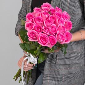 25 Ярко-Розовых Роз (50 см.)фото