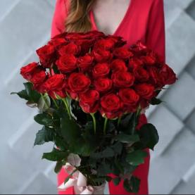 35 Красных Роз (70 см.) фото
