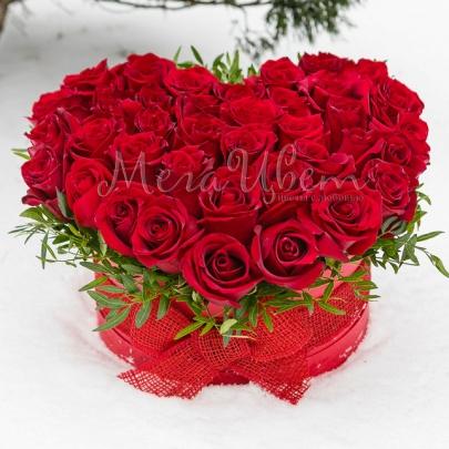 35 Красных Роз сердце фото