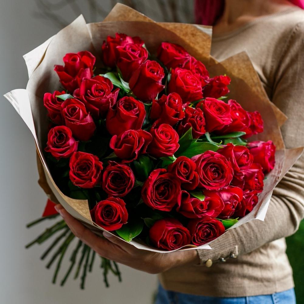 35 Красных Роз фото