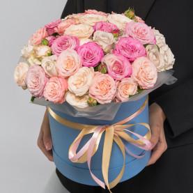 35 Кустовых Пионовидных Роз Микс (40 см.) в коробке фото