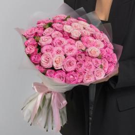 35 Кустовых Пионовидных Розовых Роз (50 см.) фото