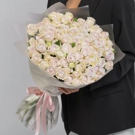 35 Кустовых Пионовидных Сиреневых Роз (50 см.) фото