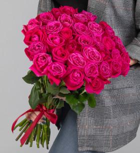 35 Малиновых Роз (50 см.) фото