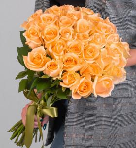 35 Персиковых Роз (50 см.) фото
