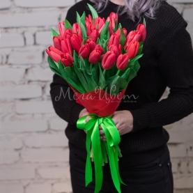 35 Тюльпанов красных фото