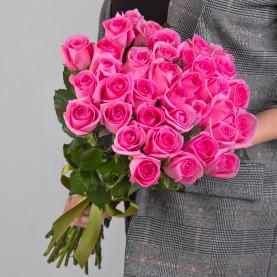 35 Ярко-Розовых Роз (50 см.) фото