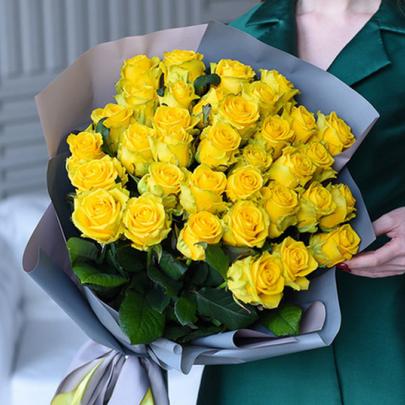 35 Желтых Роз (60 см.) фото