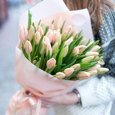 37 Розовых Тюльпанов фото