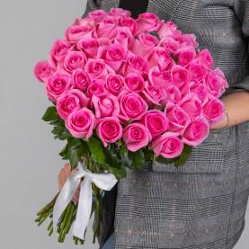 45 Ярко-Розовых Роз (50 см.) фото