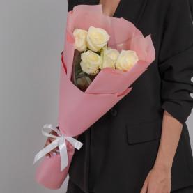 5 Белых Роз (60 см.) фото
