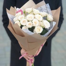 5 Белых Кустовых Роз (50/60 см.) фото