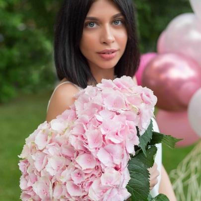 5 Гортензий розовых фото