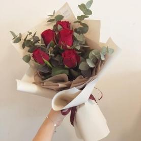 5 красных роз Premium (50/60 см.) фото