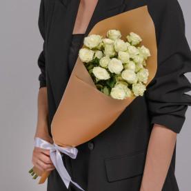 5 Кустовых Белых Роз (50 см.) фото