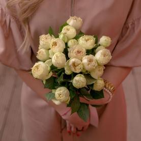 5 Белых Роз Кустовых Пионовидных фото