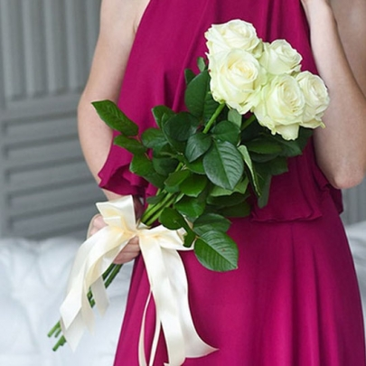 5 Белых Роз (70 см.)