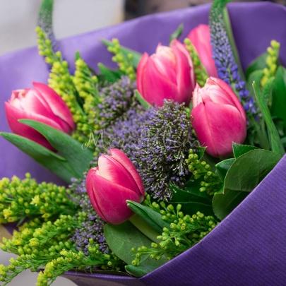 5 Тюльпанов розовых фото