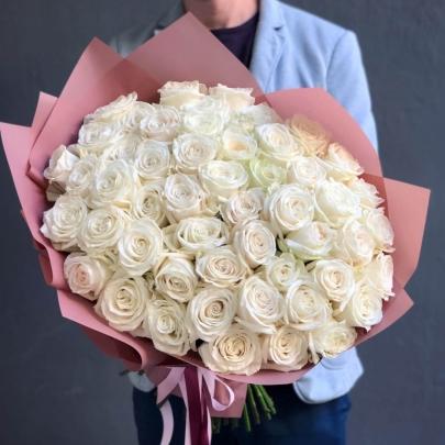 51 Белая Роза Эквадор (50/60 см.) фото
