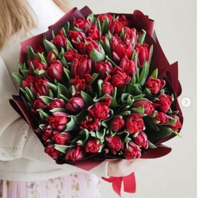 """Букет цветов """"51 Красный пионовидный тюльпан"""" фото"""