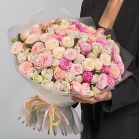 51 Кустовая Пионовидная Роза Микс (50 см.) фото