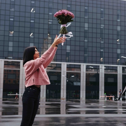 51 Роза сиреневая фото