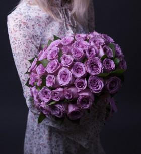 55 Фиолетовых Роз (30-40 см.) фото