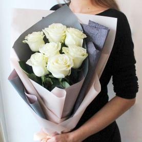 7 Белых Роз Эквадор (70/80 см.) фото